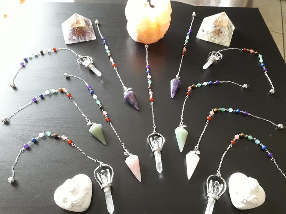 Vente de pendules: Améthyste Quartz rose Aventurine 15,00€ Pendule quartz blanc Ange 21,00€